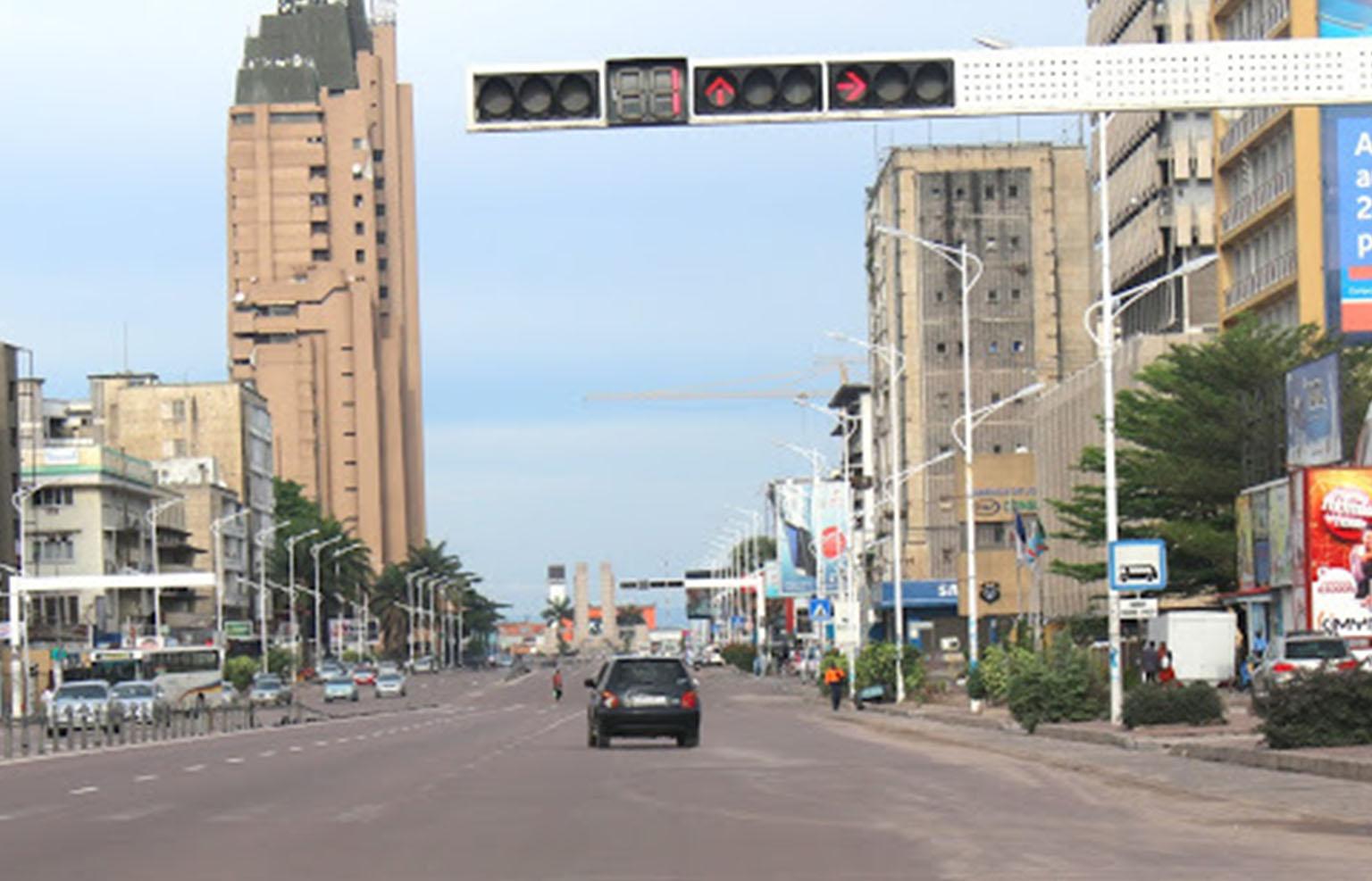 Gombe, le centre des affaires de Kinshasa, reprend les activités commerciales après près de 3 mois de confinement